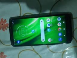 Moto G6 play  300 reais leia a descrição