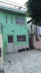 Cachoeirinha  / Casa 3 qts / em frente a Fametro