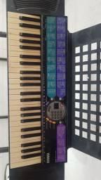 Teclado Yamaha psr77