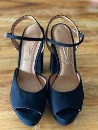 Sandália de camurça