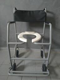 Cadeira de rodas em perfeito estado