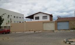 Título do anúncio: Aluga-se Casa Ampla com 4 Quartos em Salgueiro
