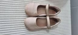 3 Sapatos infantis TAM 30