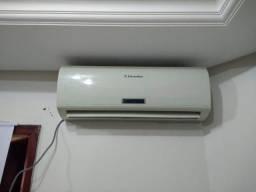 Ar Condicionado 12.000 Btus Electrolux 220v Usado