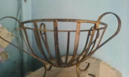 Fruteira ferro bronze linda para decoração 70reais 996591517whats