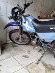 Vendo uma moto nx 150 - 1991