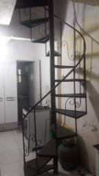 Escada caracol preta
