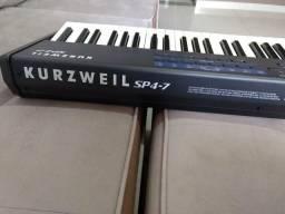 Teclado Kurzweil SP4-7