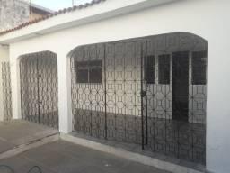Casa em Rio Doce, 5ª Etapa, 03 Quartos (01 Suíte), Próximo de ônibus, Padaria e Mercados