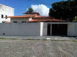 Alugo casa em Dias D'Ávila BA