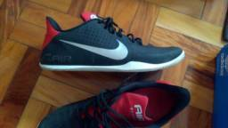 Nike Air Behold