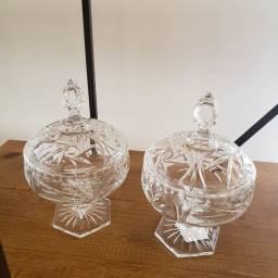 Conjunto com duas bombonieres em cristal