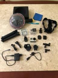 GoPro Hero 4 com varios acessorios