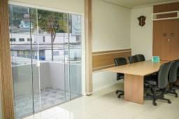 Escritório e apartamentos