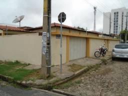 Casa Residencial para aluguel, 4 quartos, 2 suítes, 2 vagas, Cabral - Teresina/PI