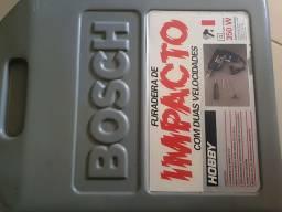 Vende-se furadeira Bosch 250 reais... funcionando perfeitamente .