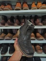 Botas de couro