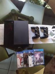 Playstation 4 + 2 controles e 7 jogos. (4 fisicos e 3 digitais)