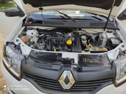Renault Sandero semi novo 2016 1.0 bem conservado