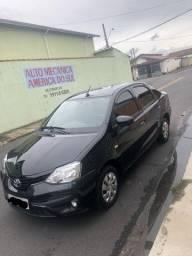 Vendo Etios Sedan 1,5 XS