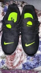 Tênis Nike Preston°39