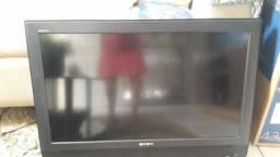 Duas televisões iguais muito boas