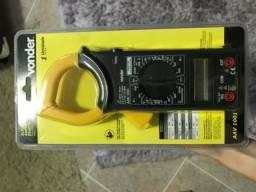 Alicate amperímetro digital Vonder