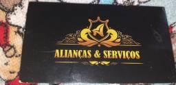 PAR DE ALIANCA DE PRATA COM 2 FIOS DE OURO