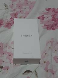 Vendo caixa de iPhone 7
