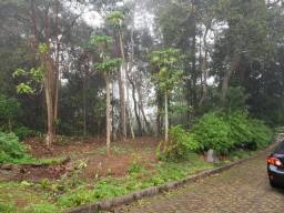 Terreno com 810m2 em área nobre no bairro.Alto Da Serra, Petrópolis RJ