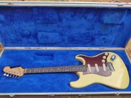 Guitarra Stratocaster Stratosonic Giannini anos 90