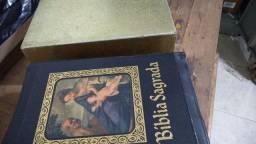 Bíblia Sagrada Ecumenica. ANTIGA. Edição de 1962.