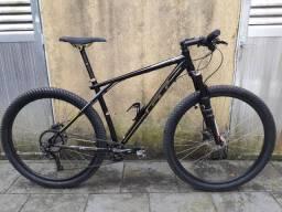 Bicicleta GT karakoram 19