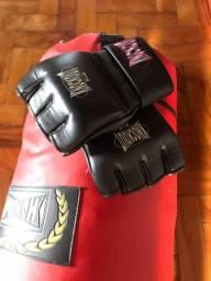 Saco de box com luvas