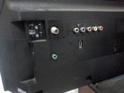 Tv Sony Bravia 40 Hdmi USB com conversor digital TELA QUEBRADA