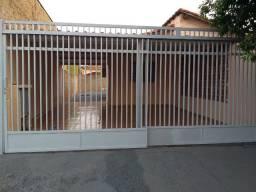 Alugo Casa - Bairro Monte Carlo - Somente com Fiador
