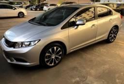 Honda Civic LXR 2016 - Ótimo estado