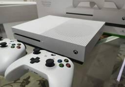Xbox one.S. 1tera 4k