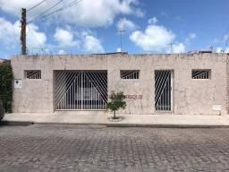 Casa 3/4 á venda no Conjunto Pajuçara