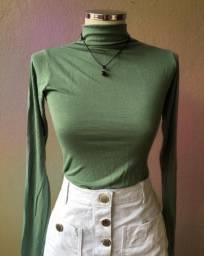 Camisa gola verde