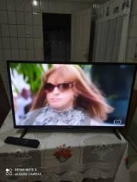 Vendo uma tv smart philco muito top