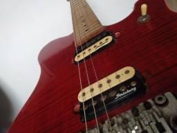 Guitarra Strinberg CLG-63.   Modelo tipo EVH.