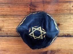 Kipá Judaica Preta e Dourada