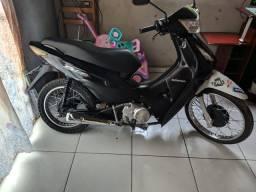 Vende-se ou troco biz 125 2007 ES por outra moto