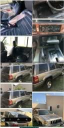 Título do anúncio: Jeep cherokee laredo
