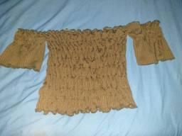 Blusa estilo ciganinha