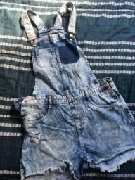 Jardineira short jeans