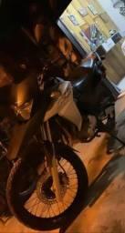 Xre 300 2018 moto nova Conservada para pessoas exigentes troco por carro!