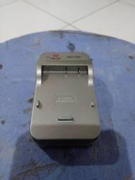 Carregador para Mox MO TRG para câmera Sony BG1 e FG1