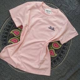 Camiseta  Dolce Gabbana - Bordado - Preta e Rosa bebê (M e G)